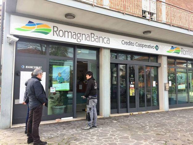 L'assalto al bancomat a Cesenatico (foto Mascellani)