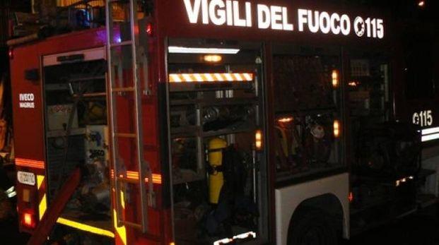 Sul posto i  vigili del fuoco di Cremona e Mantova