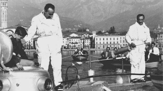 Pietro Vassena sul suo batiscafo C3