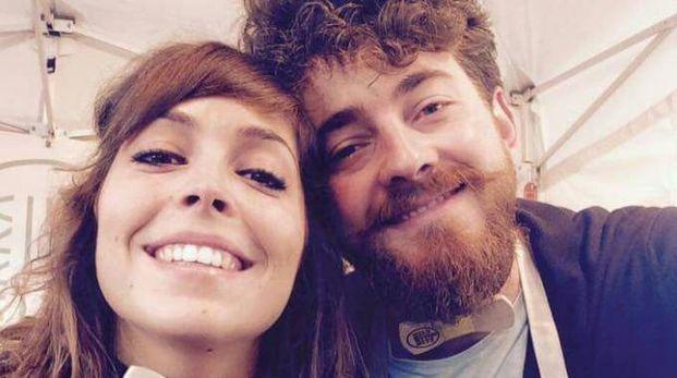 Martina e Mattia, di Urbino, i promessi sposi del concerto riminese di Jovanotti