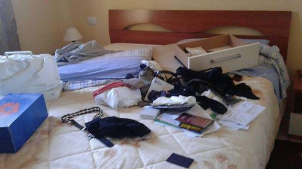 Ecco come i ladri hanno lasciato l'abitazione