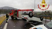 Incidente sull'A11 tra Montecatini e Pistoia. L'intervento dei vigili del fuoco