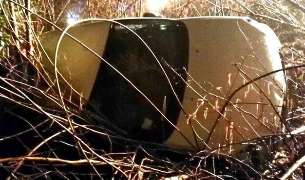 Incidente a Cantello: auto in una scarpata