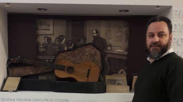 La chitarra del patriota con Simone Kovatz, dipendente universitario