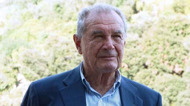 Luigi Grillo, ex senatore, 'bacchetta' tutti per la Via dell'Amore