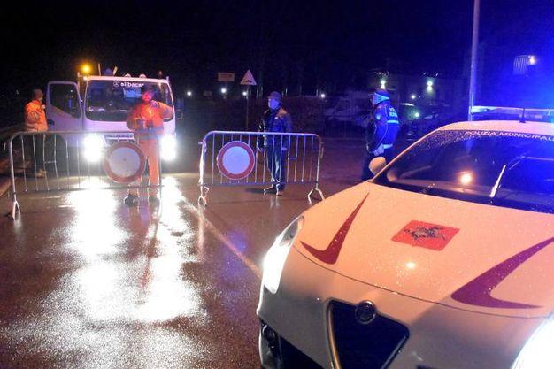 Maltempo: viale Santa Margherita allagato e chiuso al traffico (Cristini)