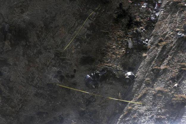 Jet Privato Turco Caduto : Addio al nubilato tragico jet si schianta morte mina