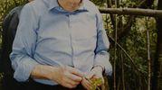 Giuseppe Soffiantini nel 1998 quando tornò in Calvana (Prato) sui luoghi dove era stato tenuto prigioniero (Foto: Nedo Coppini)
