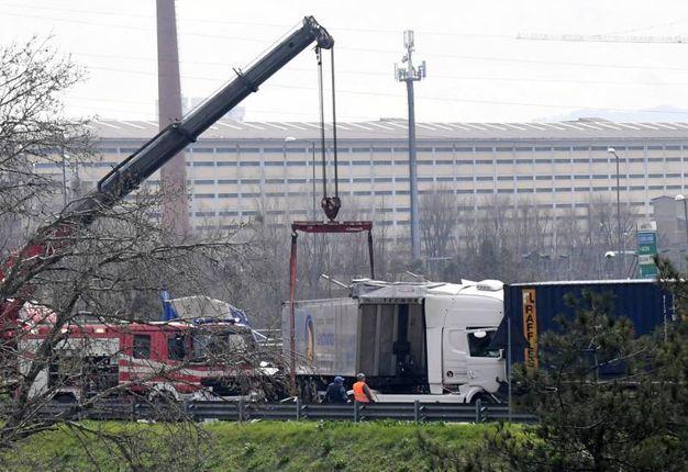 L'incidente in A14 a Bologna (FotoSchicchi)