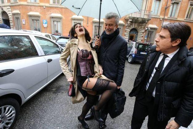 I comici di Striscia con Cesare Damiano (Imagoeconomica)