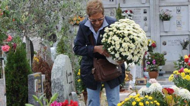 Cimitero (foto d'archivio)