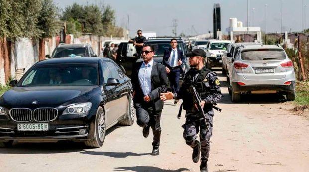 Attentato al premier palestinese a Gaza (Lapresse)