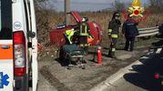 Incidente a Lacchiarella, auto si ribalta