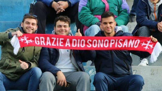 Tifosi del Pisa all'Arena