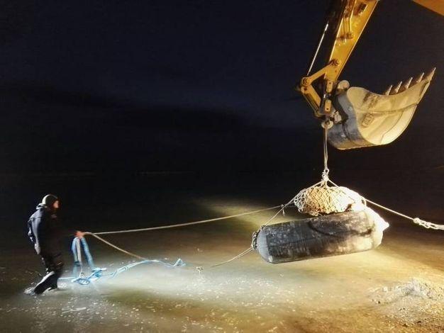 Il trasporto in acqua dell'ordigno bellico