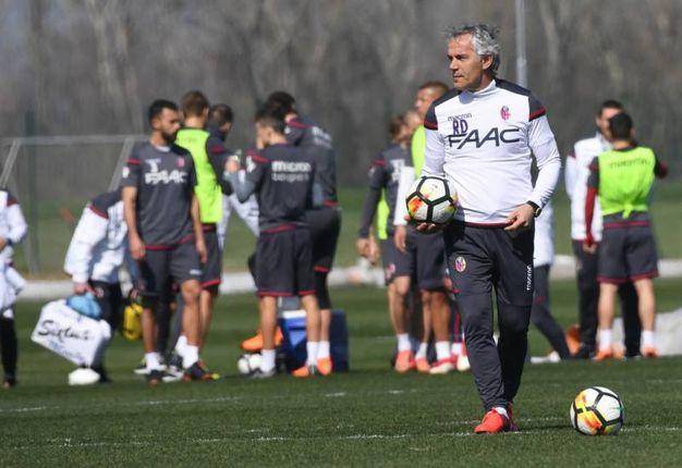 Roberto Donadoni conferma il livello difensivo a 3 (foto Schicchi)