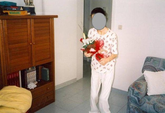 Un'immagine di una delle ragazze che si sottoponeva alla dieta macrobiotica Ma.Pi. (foto ufficio stampa Polizia)