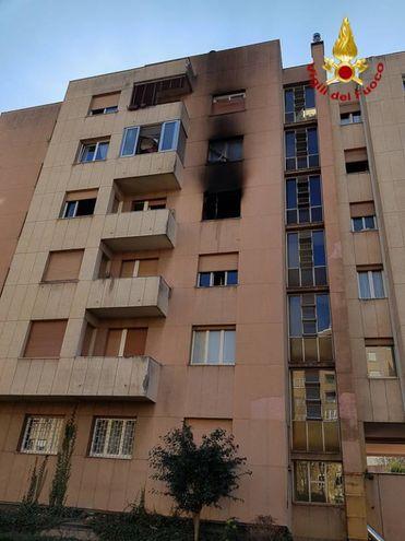 Danneggiato anche l'appartamento del piano superiore