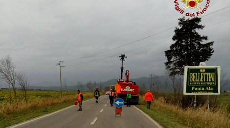 Il camion e la strada bloccata