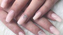 I colori sorbetto per le unghie dell'estate  - foto olgi_k Instagram