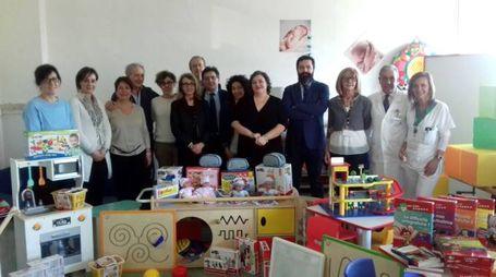 Donazione di giocattoli ai bimbi del Sant'Antonio Abate