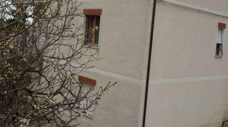 Il palazzo di via Trentavisi (foto Centanni)