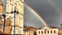 Lo spettacolare arcobaleno in piazza Trento e Trieste