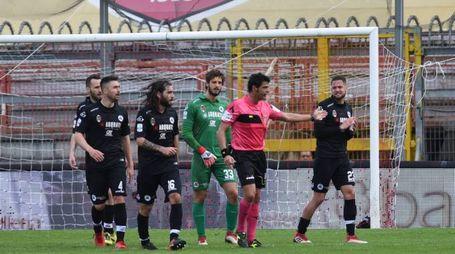 Proteste aquilotte sul secondo gol del Perugia