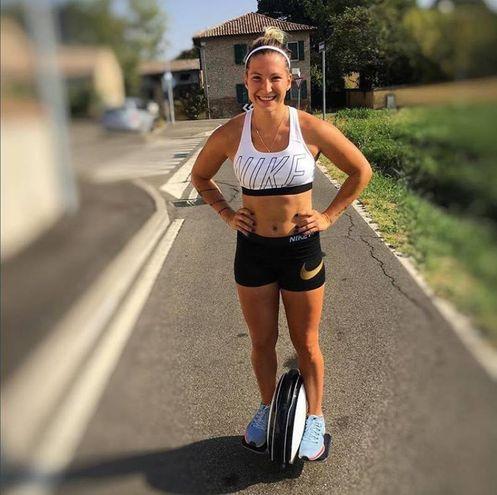 Kiara Fontanesi è pilota di motocross (Foto Instagram)