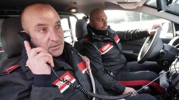 IL BLITZ I carabinieri sono arrivati subito dopo  la telefonata della donna