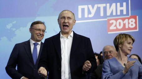 Vladimir Putin presidente per la quarta volta (Ansa)