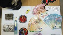 La droga e il denaro sequestrato