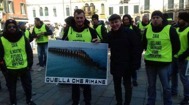 La protesta dei pescatori a Venezia