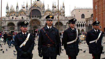 I carabinieri stanno indagando sulla causa del decesso