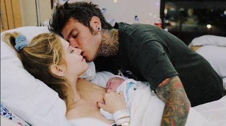 Chiara Ferragni, Fedez e il piccolo Leone (Instagram)