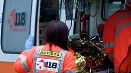 Sul posto i sanitari del 118 per soccorrere anche gli altri feriti