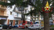 I vigili del fuoco in azione ad Arezzo