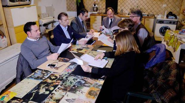 La Giunta si riunisce nel bene confiscato alla famiglia Papalia in via Nearco