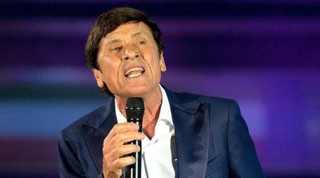 Gianni Morandi, concerto all'Unipol Arena sabato 24 marzo (Ansa)