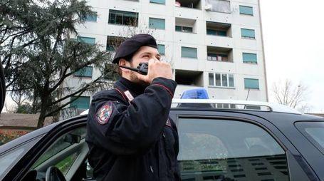 L'intervento dei carabinieri in via Quarti