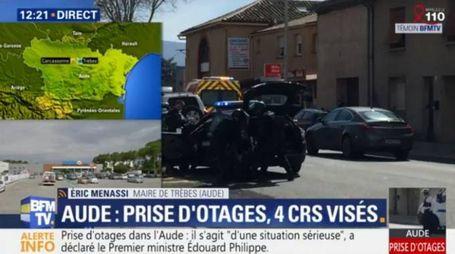 Francia, uomo prende ostaggi in un supermercato