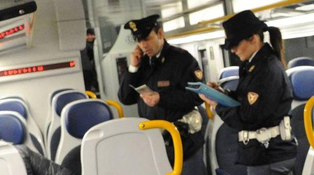 Polizia sui treni