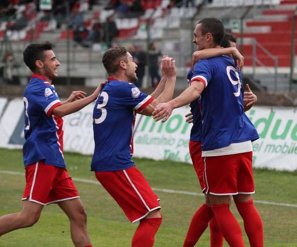 Vis Pesaro - Sangiustese, il gol di Olcese (Fotoprint)