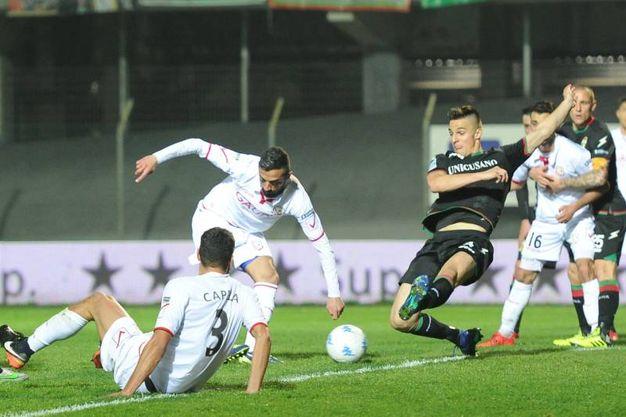Il gol di Concas (foto Fiocchi)