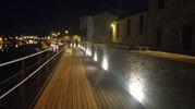La passerella sospesa offre una visuale nuova sul ponte di Tiberio