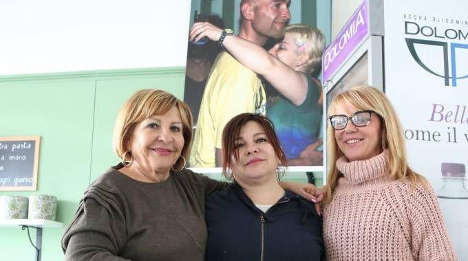 Da sinistra Tonina Pantani, Manola e la cugina Monica Ricci