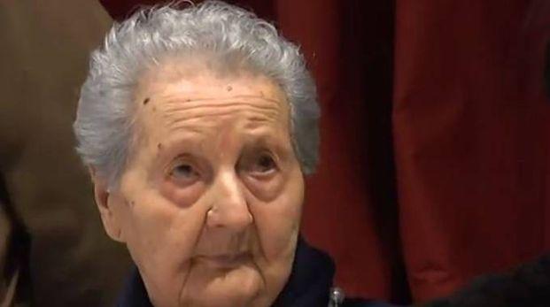 Nora Ettori, supernonna di Mantova (Frame video YouTube)