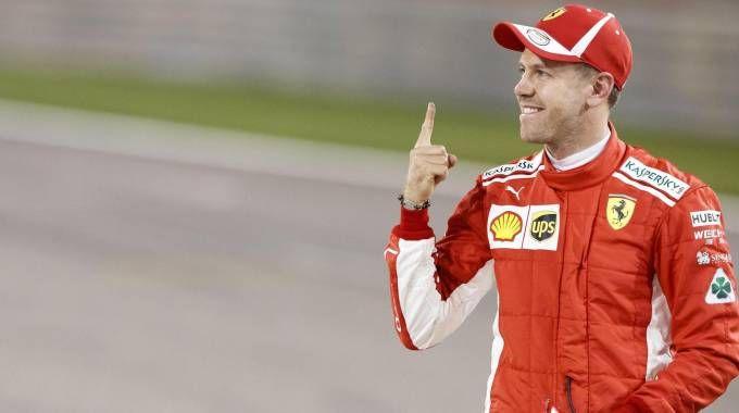 Gp Bahrain, pole di Vettel (Ansa)