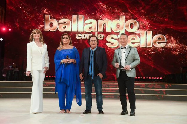 Milly Carlucci, Albano, Romina, Paolo Belli (Lapresse)