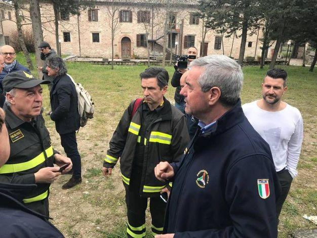 Angelo Borrelli, capo della Protezione civile nazionale  a Pieve Torina (Ansa)